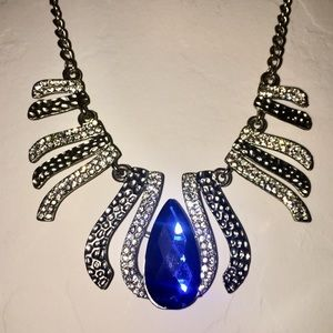 Silver & Blue Girls Costume Jewelry Necklace.